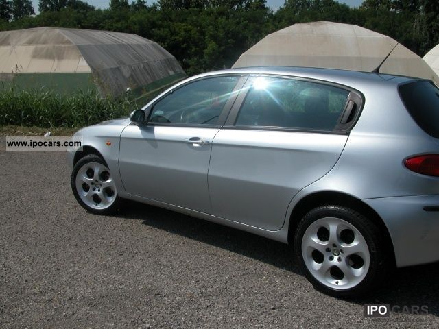 2004 alfa romeo 147 1 9 jtd 16v porte cat 5 140 cv xeno. Black Bedroom Furniture Sets. Home Design Ideas