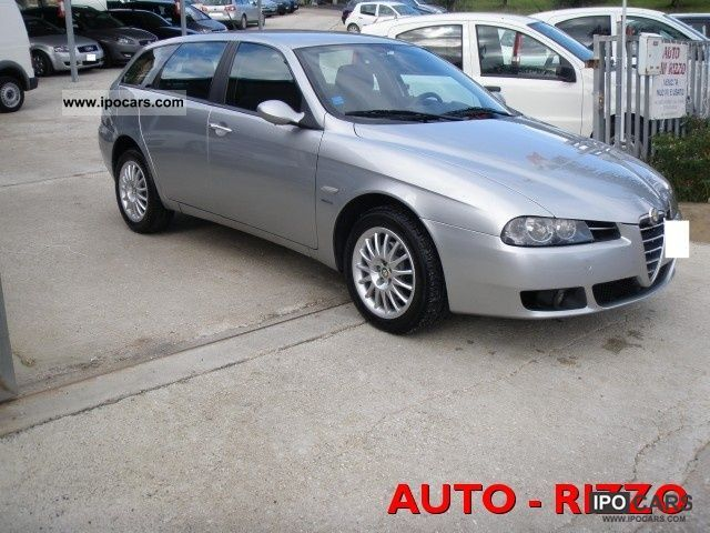 2005 Alfa Romeo  156 1.9 JTD SW Classic Estate Car Used vehicle photo