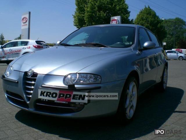 2002 Alfa Romeo  147 1.6 Distinctive Limousine Used vehicle photo