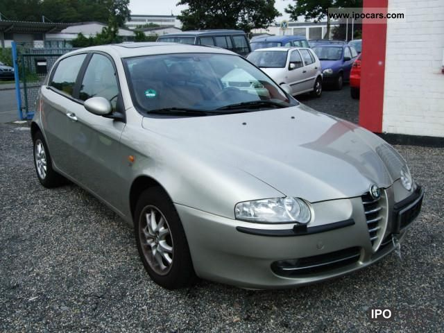 2004 Alfa Romeo  147 1.6 Twin Spark ECO Shape Limousine Used vehicle photo