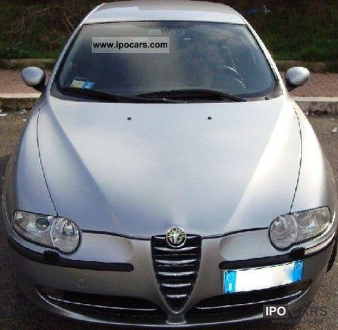2004 Alfa Romeo  147 1.9 JTD 140 CV MJET Cup Limousine Used vehicle photo
