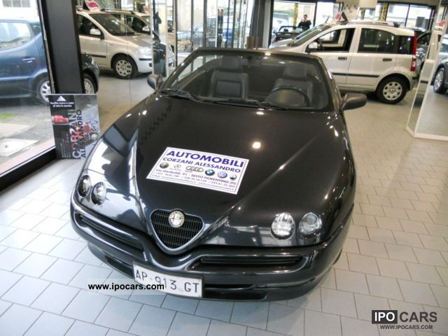 1997 Alfa Romeo  2.0 twin spark Cabrio / roadster Used vehicle photo