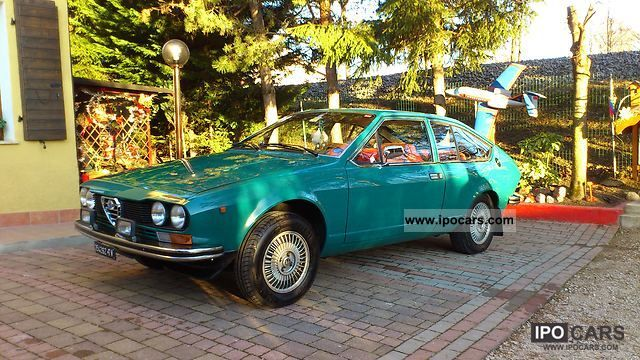 Alfa Romeo  Alfetta GT 6.1 1976 Vintage, Classic and Old Cars photo