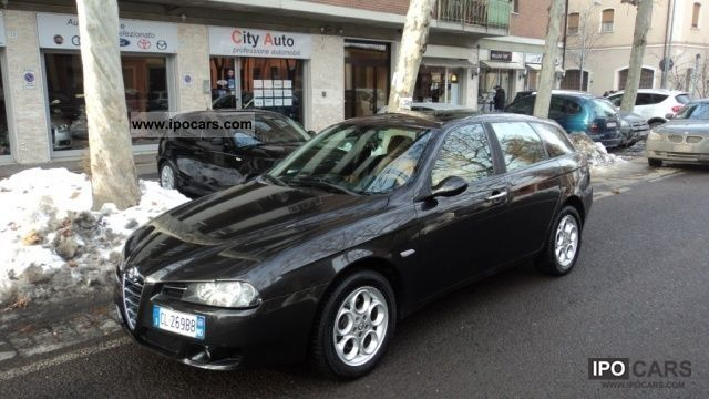 2004 alfa romeo 156 1 9 jtd distinctive sw 115 cv car photo and specs. Black Bedroom Furniture Sets. Home Design Ideas