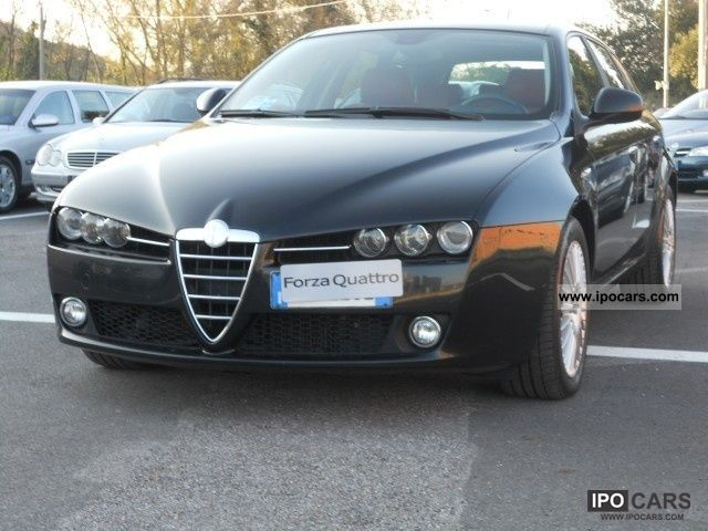 2006 Alfa Romeo  159 2.4 20V SW JTDm EXCLUSIVE Q-TRONIC Estate Car Used vehicle photo