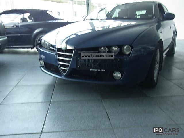 2006 Alfa Romeo  159 Sportwagon Estate Car Used vehicle photo
