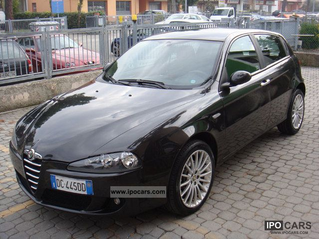 2006 alfa romeo 147 1 9 jtd m jet 150cv dist esp 5pt car photo and specs. Black Bedroom Furniture Sets. Home Design Ideas