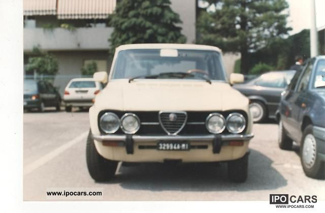Alfa Romeo  nuova giulia super 1300 del 1976 1976 Vintage, Classic and Old Cars photo