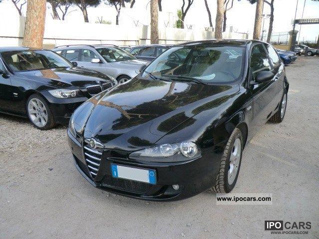 2006 Alfa Romeo  147 1.9 JTD Progression 3 porte Limousine Used vehicle photo