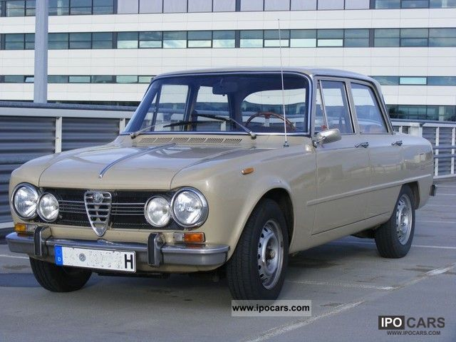 Alfa Romeo  Giulia 1300 Super 1971 Vintage, Classic and Old Cars photo