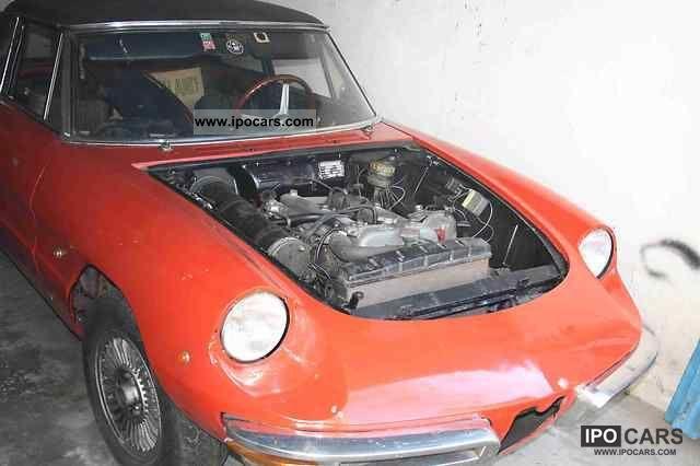 1966 Alfa Romeo  Spider 1600 Duetto round tail Cabrio / roadster Classic Vehicle photo
