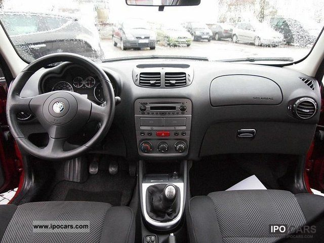 2006 Alfa Romeo  147 1.6 Eco progression Limousine Used vehicle photo