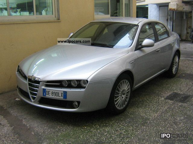2006 alfa romeo 159 2 4 jtd m 200cv distinctive car photo and specs. Black Bedroom Furniture Sets. Home Design Ideas