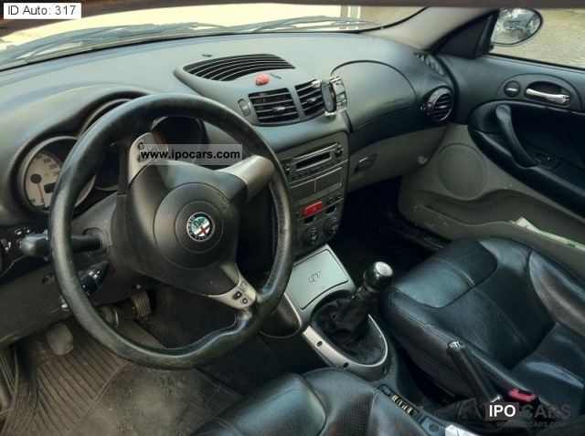 2004 Alfa Romeo Distinctive GT 1 9 Mjt Other Used vehicle photo 1