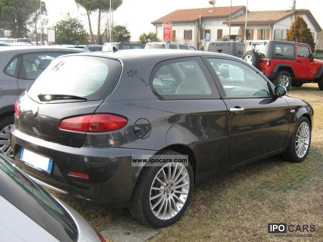 2006 alfa romeo 147 1 9 jtdm 120cv exclusive 3 porte car photo and specs. Black Bedroom Furniture Sets. Home Design Ideas