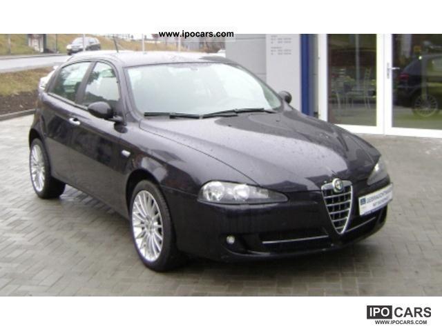 2007 Alfa Romeo  147 1.9 JTD 16v M-Jet DPF climate control Limousine Used vehicle photo