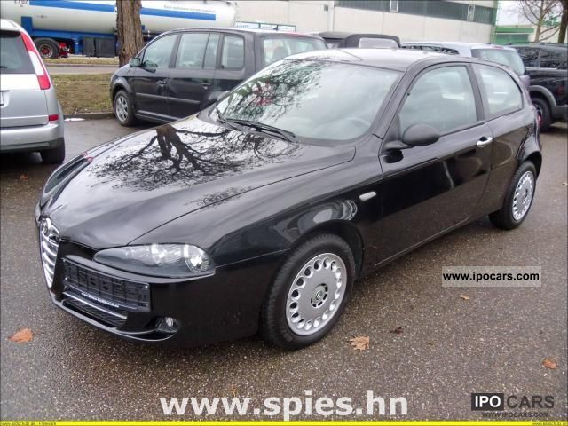2007 Alfa Romeo 147 1.6 Twin Spark progression Limousine Used vehicle ...