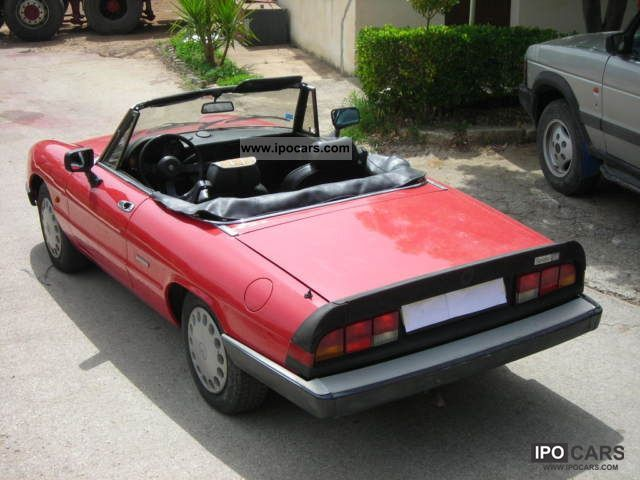 1991 Alfa Romeo  alfa romeo spider 1600 Cabrio / roadster Used vehicle photo