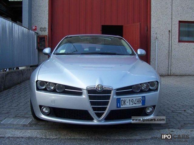 2007 Alfa Romeo  159 2.4 20V JTDm Exclusive Q-Tronic 2.4 JTDm 20 Limousine Used vehicle photo