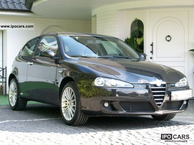 2006 Alfa Romeo  147 1.6 Sportiva, TÜV certification, inspection, re- Limousine Used vehicle photo