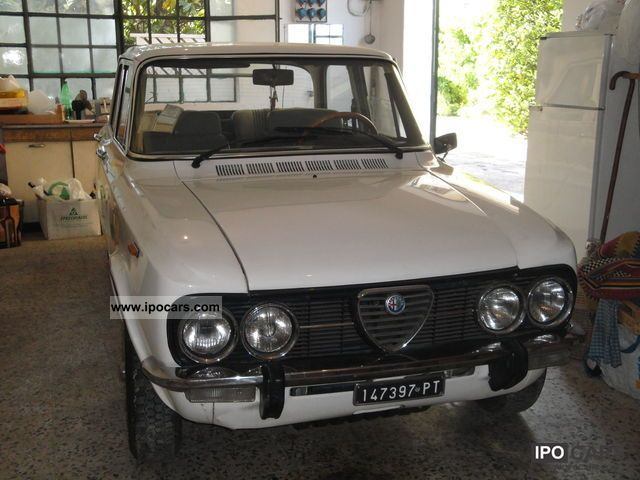 Alfa Romeo  NUOVA GIULIA SUPER 1300 1975 Vintage, Classic and Old Cars photo