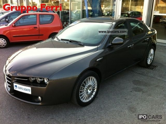 2005 alfa romeo 159 2 4 20v distinctive jtdm car photo and specs. Black Bedroom Furniture Sets. Home Design Ideas