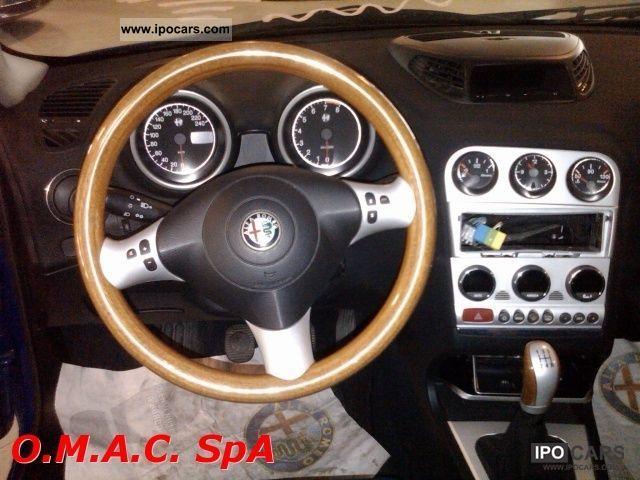 2003 Alfa Romeo  JTS 16V 156 2.0 SW Distinctive Estate Car Used vehicle photo