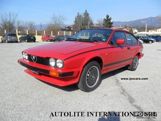 1981 Alfa Romeo  GTV 2.0 Sports car/Coupe Used vehicle photo