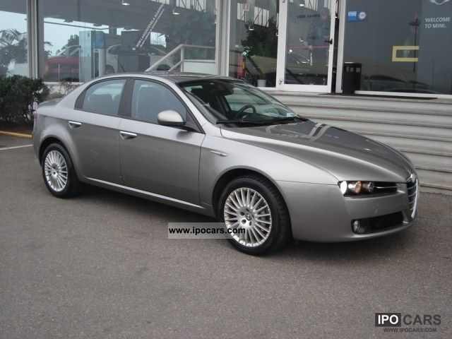 2006 alfa romeo 159 2 4 20v distinctive jtdm car photo and specs. Black Bedroom Furniture Sets. Home Design Ideas