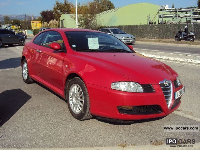 2005 Alfa Romeo  GT 1.8 T.S. SELECTIVE Sports car/Coupe Used vehicle photo