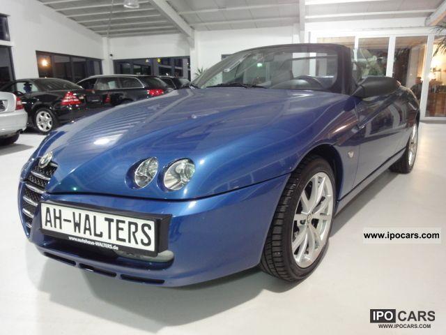 2004 Alfa Romeo  Alfa Spider 2.0 JTS Edizione 2004 Blue ~ ~ Leather Cabrio / roadster Used vehicle photo