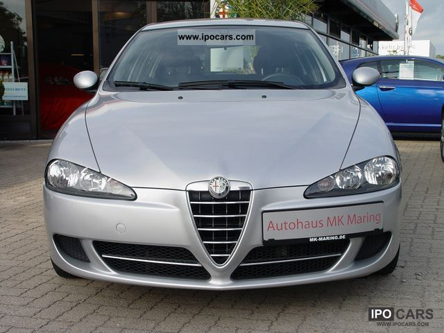 2006 alfa romeo 147 1 9 jtd 110kw navigross 6 speed 5 trg mod 07 car photo and specs. Black Bedroom Furniture Sets. Home Design Ideas