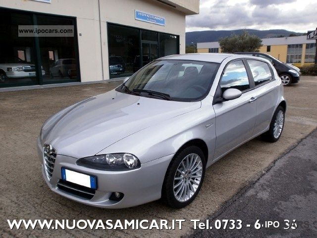 2007 alfa romeo 147 1 9 jtd m jet 16v 150cv 5p navi 17 39 39 car photo and specs. Black Bedroom Furniture Sets. Home Design Ideas