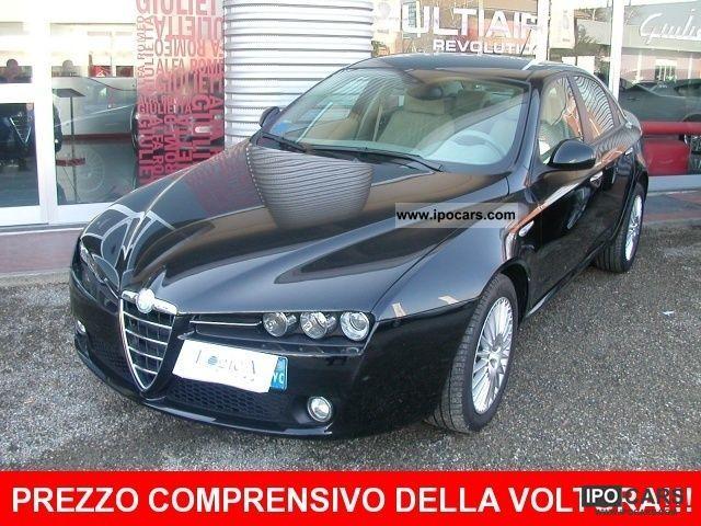 2005 Alfa Romeo  159 1.9 JTS 16V Distinctive Limousine Used vehicle photo
