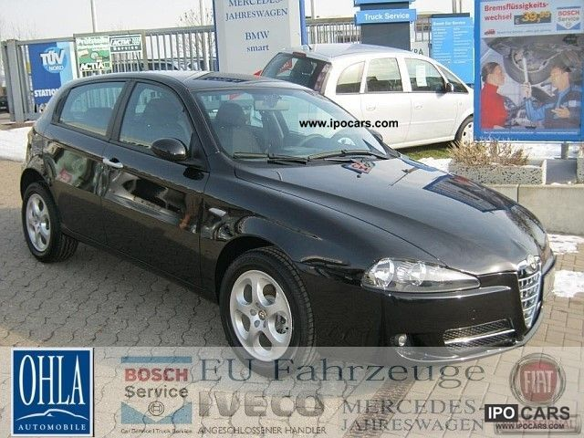 2010 alfa romeo alfa 147 1 6 ts 16v aluminum car photo and specs. Black Bedroom Furniture Sets. Home Design Ideas