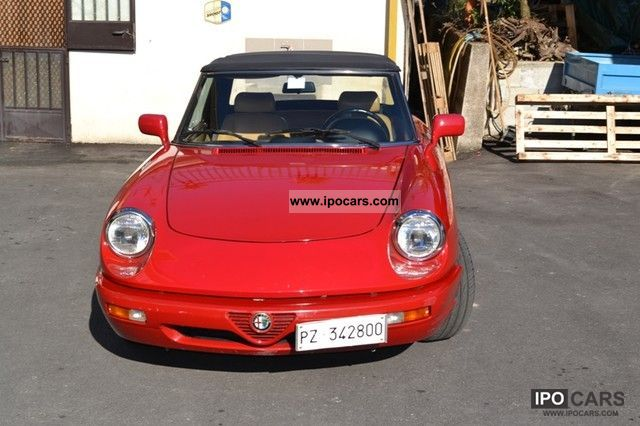 1992 Alfa Romeo  ALFA ROMEO SPIDER DUETTO 20i Cabrio / roadster Used vehicle photo