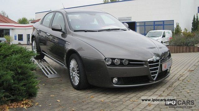2005 Alfa Romeo 159 1.9 JTDM 16V Distinctive Limousine Used vehicle ...