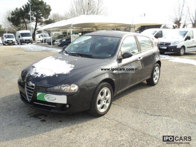 2007 Alfa Romeo  147 1.9 Multijet JTD120 Milano 5p Limousine Used vehicle photo