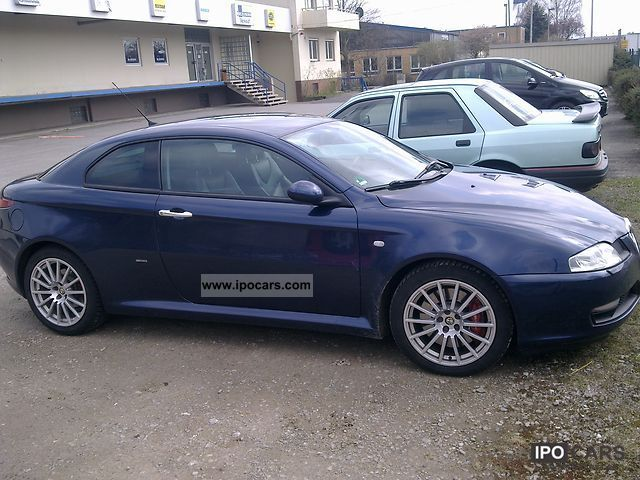 Alfa Romeo  Alfa GT 3.2 V6 Distinctive 2004 Liquefied Petroleum Gas Cars (LPG, GPL, propane) photo