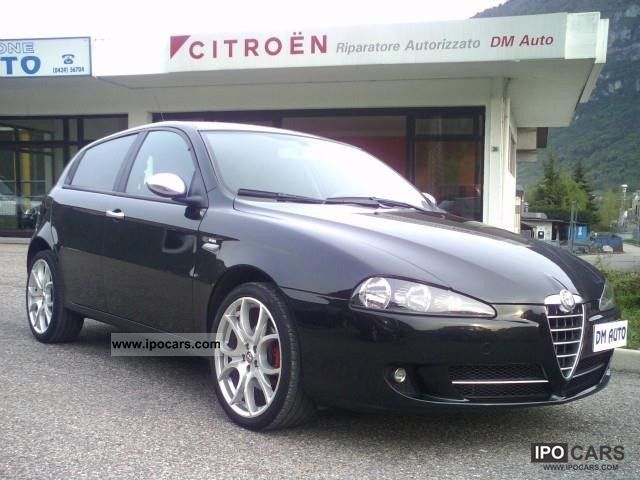 2009 Alfa Romeo  147 E 170 Distinctiv CV Q2 Limousine Used vehicle photo