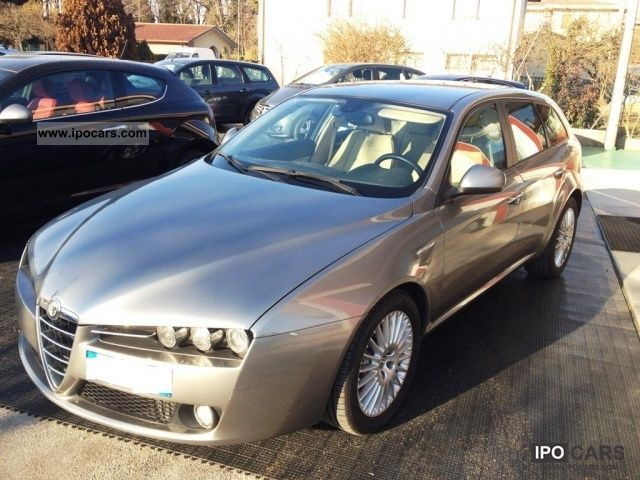 2008 Alfa Romeo  159 Sportwagon 1.9 Jtdm Exclusive Automatico + Estate Car Used vehicle photo