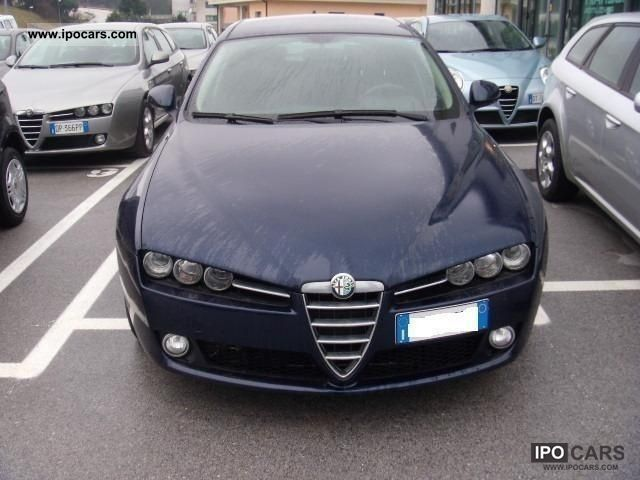 2009 Alfa Romeo  S.W 159 1.9 MJT 16V 150CV PROGRESSION Estate Car Used vehicle photo