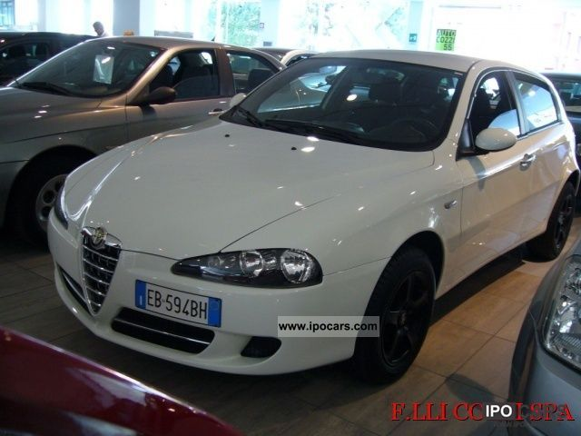 2010 Alfa Romeo  147 1.6 16V TS 5 porte Moving Limousine Used vehicle photo