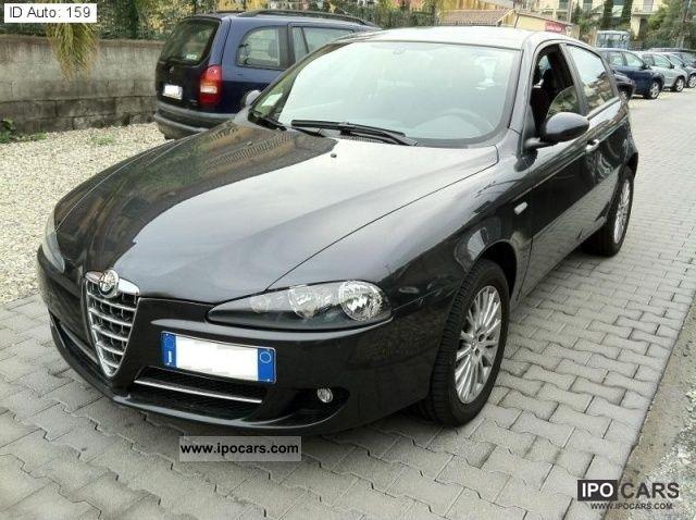 2008 Alfa Romeo  147 1.9 MJT 5p Distinctive Limousine Used vehicle photo
