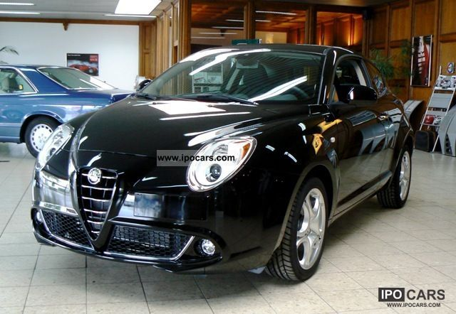 2011 Alfa Romeo  MiTo 1.4 16V Turismo Limousine Demonstration Vehicle photo