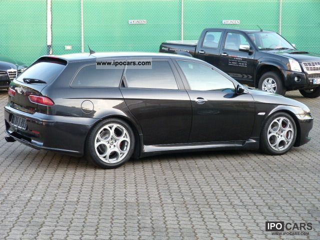2002 alfa romeo 156 sportwagon 3 2 v6 gta car photo and specs. Black Bedroom Furniture Sets. Home Design Ideas