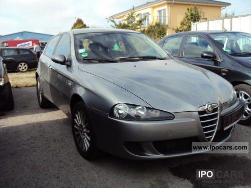 2006 Alfa Romeo  147 1,9 JTD 16v M-Jet Small Car Used vehicle photo