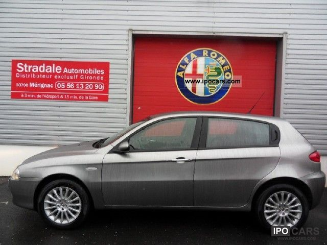 2007 Alfa Romeo  147 1.9 Multijet Distinctive JTD150 5p Limousine Used vehicle photo