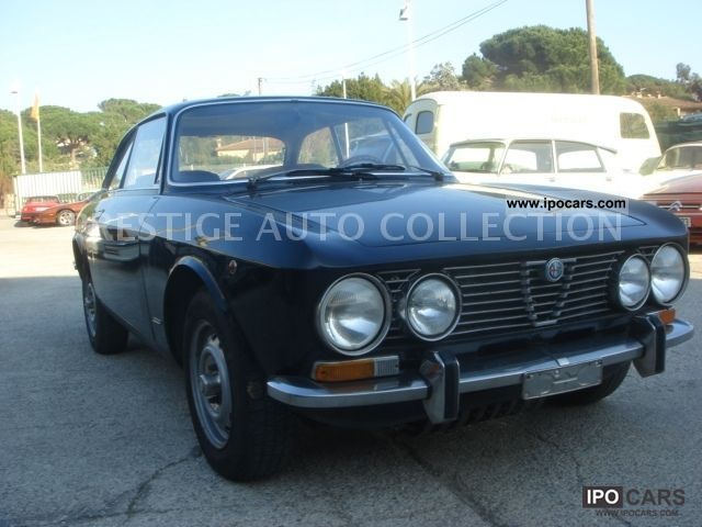 Alfa Romeo  GT 1300 Junior 1973 Vintage, Classic and Old Cars photo