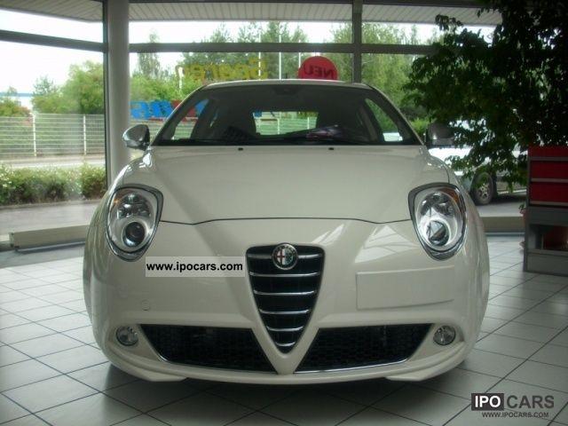 2011 Alfa Romeo  MiTo 1.4 16V Special Model SUPER ACTION Multiair Small Car New vehicle photo
